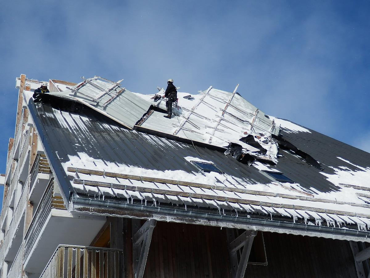 sécurisation-toitures-et-façades-après-tempête-intempéries