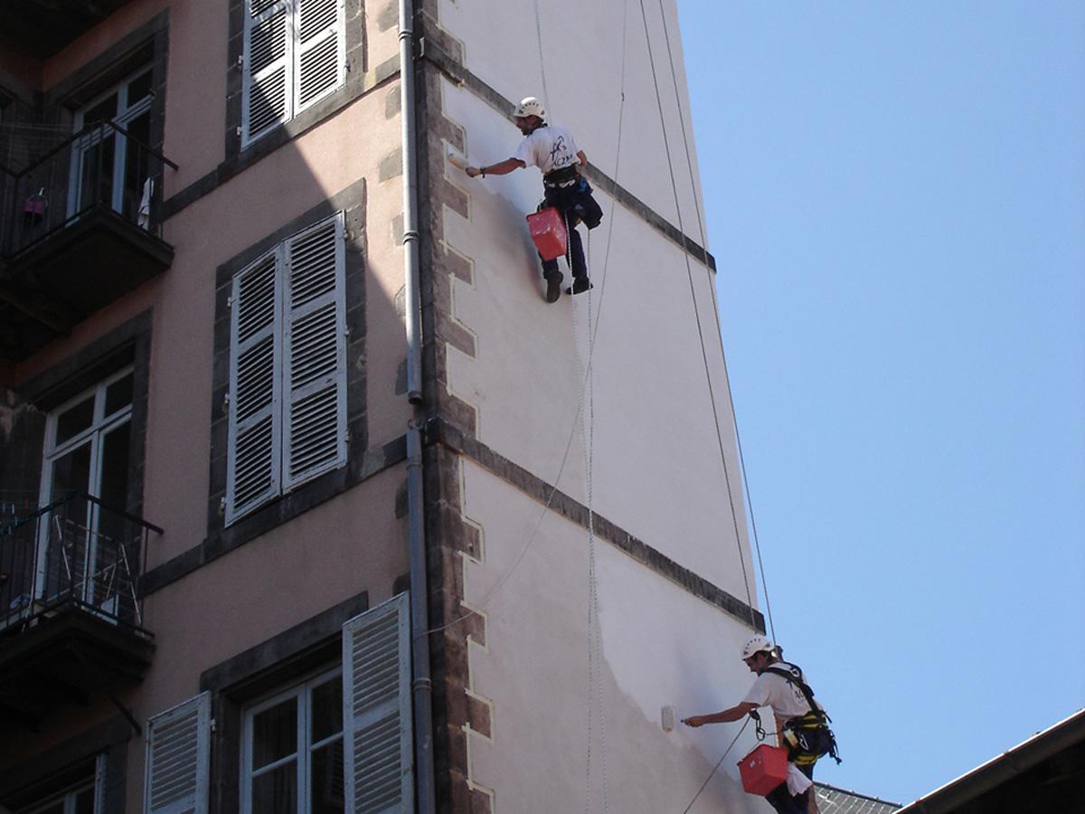peinture-façade-et-pignon-travaux-sur-cordes